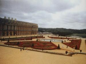人工幾何化的庭園「凡爾賽宮」